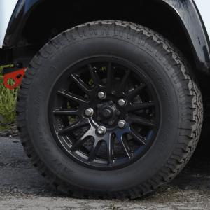 Bowler Light weight 18-black-wheel